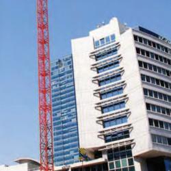 Fotografía de un edificio en referencia a la comunicación previa a la declaración concursal y a la propuesta anticipada de convenio