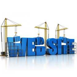 """La imagen muestra unas letras en relieve que dicen """"web site"""". A su alrededor hay unas grúas que van colocando las letras para formar la palabra. La imagen hace referencia al ahorro de costes mediante una web corporativa"""