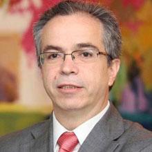 """Javier López y García de la serrana, director de HispaColex, en su artículo titulado """"Los otros indignados"""" en referencia a los empresarios"""